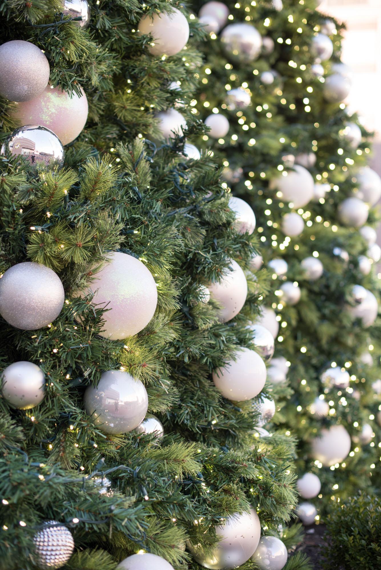 holiday decorations, christmas, boston, the-alyst.com