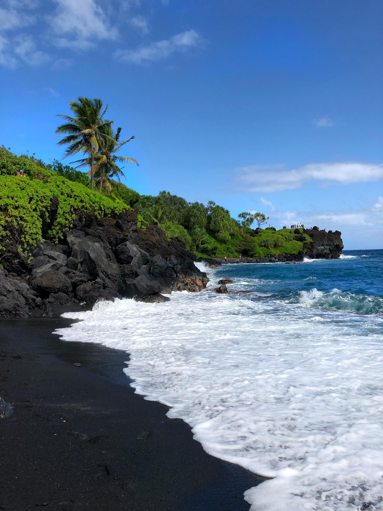 black sand beach, road to hana, the-alyst.com
