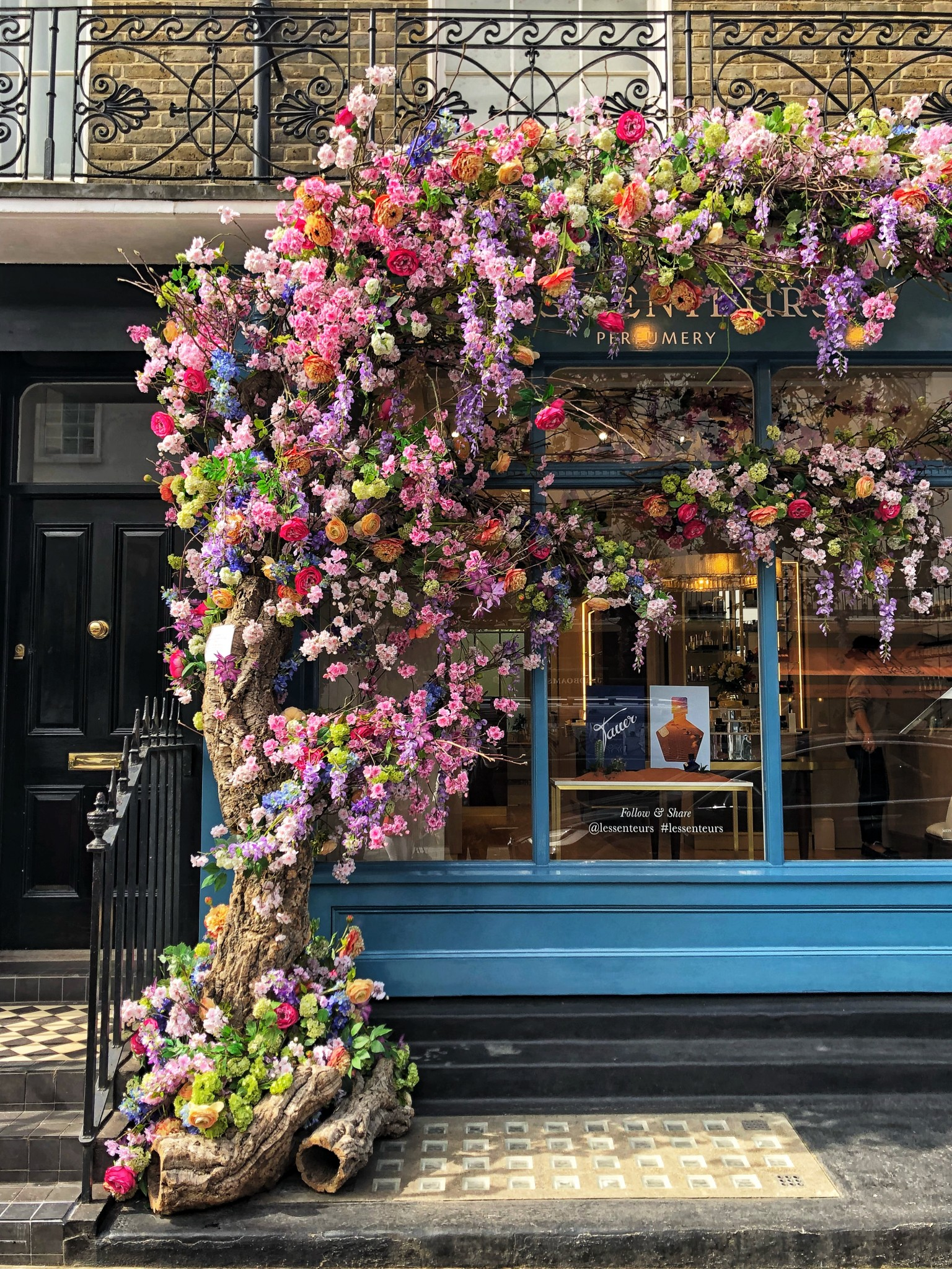 les senteurs, elizabeth street london, most instagrammable places in london, the-alyst.com