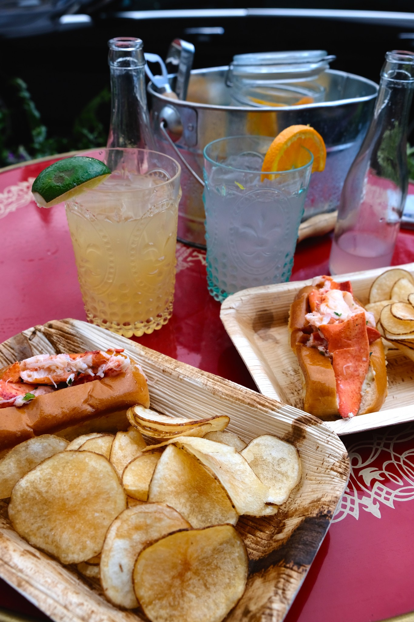 lobster rolls, patio dining, fairmont copley plaza, oak long bar and kitchen, boston, the-alyst.com