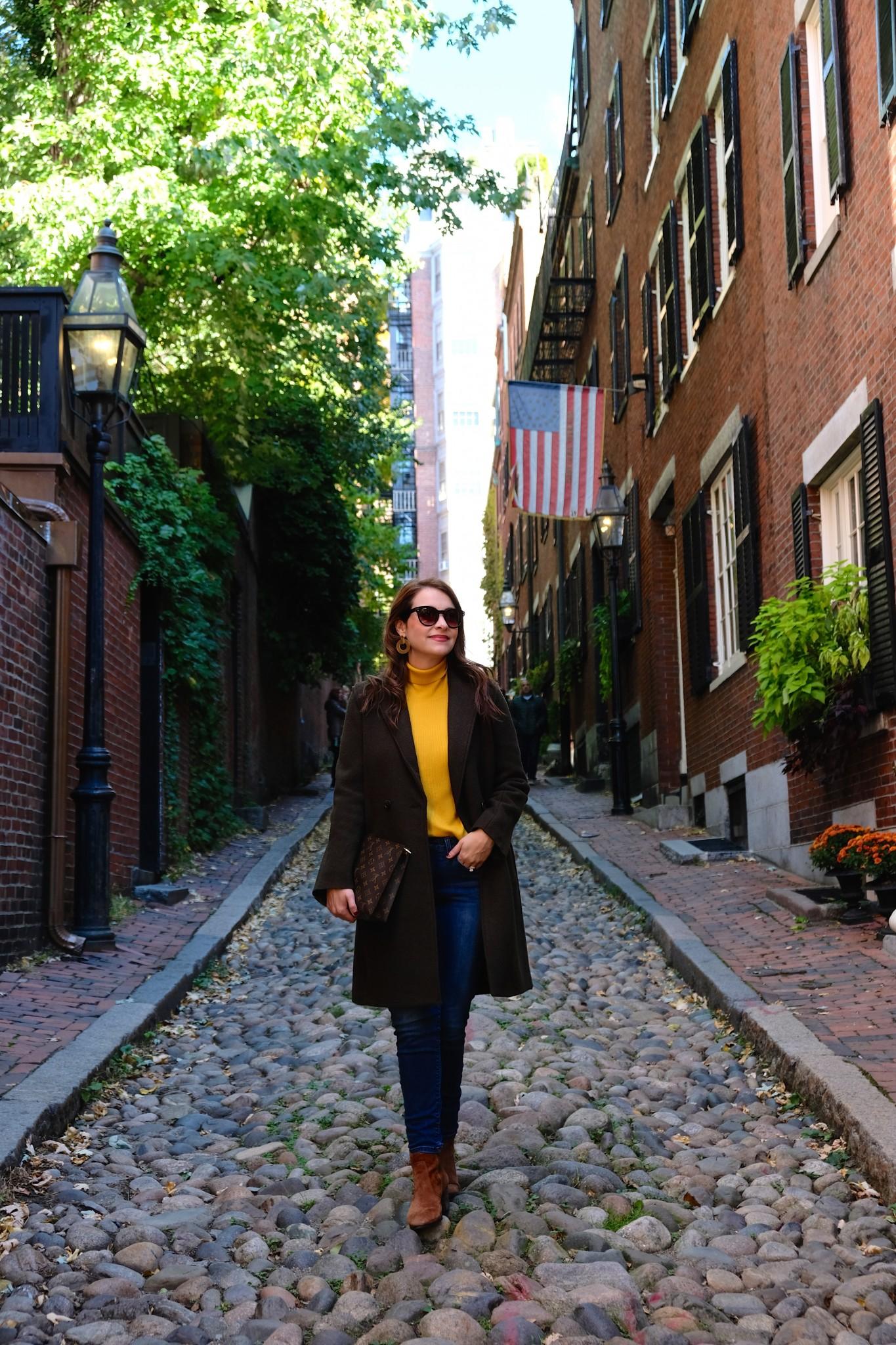 fall coat, fall style, acorn street boston, olive green coat, the-alyst.com