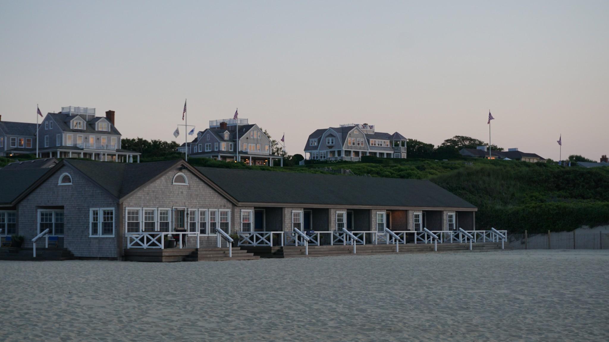 cliffside beach, galley beach, nantucket, the-alyst.com